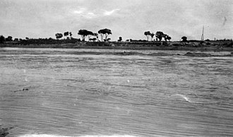 Fen River - The Fen River near Fenyang in 1924.