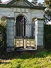 fence.mausoleum.vaalsbroek