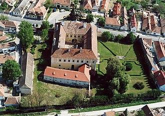 Fertőrákos - Fertőrákos - Palace from above