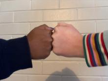 Fist bump - Wikipedia