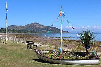 Whiting Bay - Image: Floral Display & Beach, Whiting Bay (geograph 3593640)