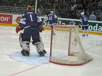 2010 IIHF World Championship - France lost 4–0 to the U.S. in the relegation round