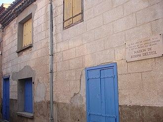 Joseph Delteil - The inscription on the house of Joseph Delteil in Pieusse reads: LA - BAS PRES DE LIMOUX. IL Y A UN VILLAGE QU'ON APPELLE PIEUSSE C EST MA PATRIE MA GRANDE... MAISON DE JOSEPH DELTEIL