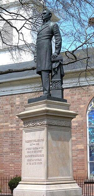 Frederick Theodore Frelinghuysen - Statue in Newark
