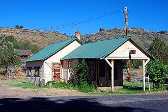 Frenchglen, Oregon - Image: Frenchglen Building (Harney County, Oregon scenic images) (har DA0009)