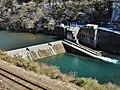 Fukuoka hydroelectric power station (Gunma) weir 1.jpg