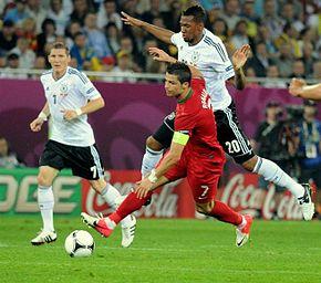 L'équipe d'Allemagne avec J.Boateng, face au Portugal de Cristiano Ronaldo, lors de l'Euro 2012