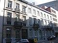 Geheel van neoclassicistische huizen aan de Aarlenstraat 63-67.jpg