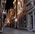 Genova Via Garibaldi noc.jpg