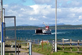 Gigha ferry coming in to Tayinloan.jpg