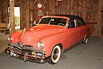 Gilmore Car Museum 1949 Kaiser Virginian (33843807384).jpg