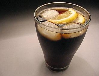 Cola - Image: Glass cola