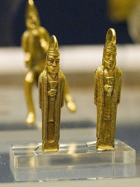 File:Gold statuettes from the Oxus Treasure by Nickmard Khoey.jpg