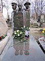 Grave of Janusz Zakrzeński at Powązki Cemetery - 01.jpg