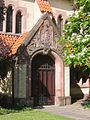Guben Kirche des guten Hirten Seitenportal.JPG