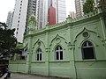 HK Central 些利街 Shelley Street 回教清真禮拜總堂 Jamia Mosque green facade Mar-2016 DSC 001.JPG