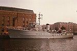 HMS Bossington (11783976315).jpg