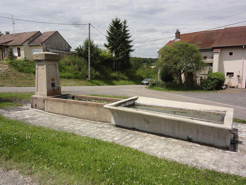 Halloville (M-et-M) fontaine