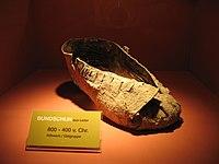 8972ae8f5 Sapato de couro de 800 a 400 a.C. no Museu Hallstatt, na Austrália