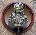 Hans Sloane bust.jpg
