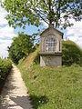 Haussy (Nord, Fr) chapelle N.D. de Bon Secours.JPG
