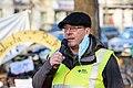 Heiner von Marschall vom Verkehrsclub Deutschland spricht auf der Kundegebung der Pankower Anwohner*innen zur Schließung des Flughafens TXL (50584593797).jpg