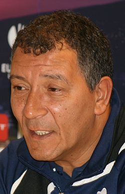 Henk ten Cate earned a  million dollar salary - leaving the net worth at 110 million in 2017