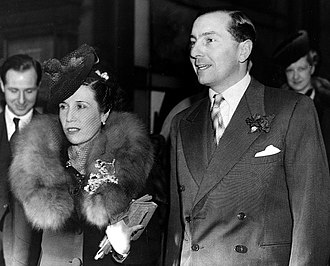 Henry Cotton (golfer) - Cotton and Toots are getting married on 11 December 1939