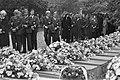 Herdenking van de slachtoffers van de vliegramp met het vliegtuig van de NLM bij, Bestanddeelnr 931-7455.jpg