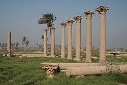 Hermopolis Basilika 10.JPG