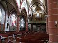 Hilbringen St. Petrus in Ketten Innen 12.JPG
