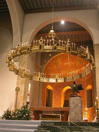 Wheel chandelier - Hezilo chandelier inHildesheim Cathedral
