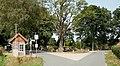 Hohenböken Kreuzung beim Denkmal.jpg