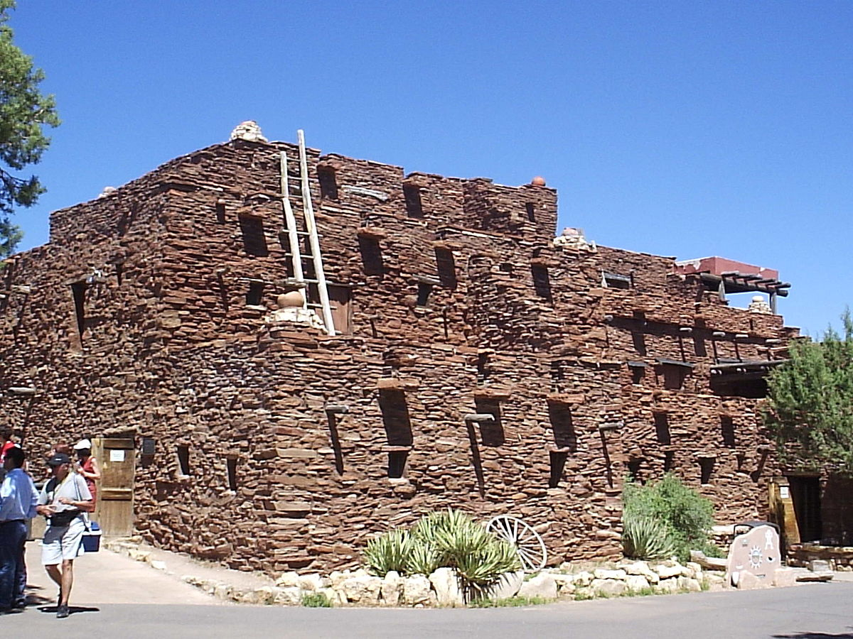 Hopi house wikipedia for Canyon house
