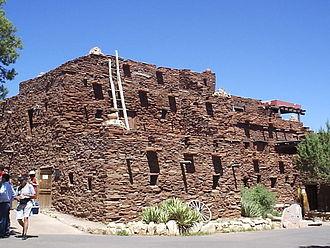 Mary Colter - Hopi House (1905)