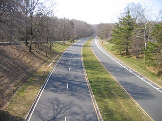 Parkway - The Clara Barton Parkway in Maryland