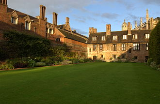 King's Hall, Cambridge - Trinity College Fellows' Bowling Green, with the oldest building in the college (originally part of King's Hall) in the background