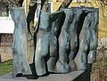 I rena glädjen av Barbro Bäckström, skulptur i Malmö.jpg