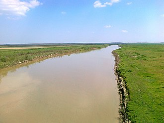 Ialomița (river) - Ialomița River crossing DN2A