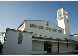 Iglesia de la Virgen de los Dolores en Cacín.jpg