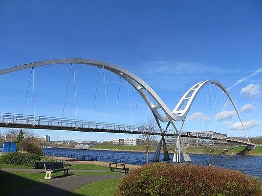 Infinity Bridge (32620669334)