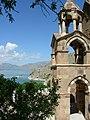 Insel Akdamar Աղթամար, armenische Kirche zum Heiligen Kreuz Սուրբ խաչ (um 920) (38611315180).jpg