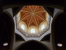 Interior del cimbori de la cocatedral de santa Maria de Castelló de la Plana.JPG