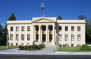 Inyo County Courthouse in Independence, gelistet im NRHP Nr. 97001664[1]