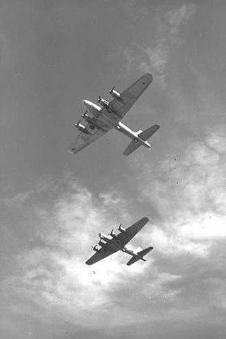 69 Squadron (Israel) - Israeli B-17s in flight, 1953