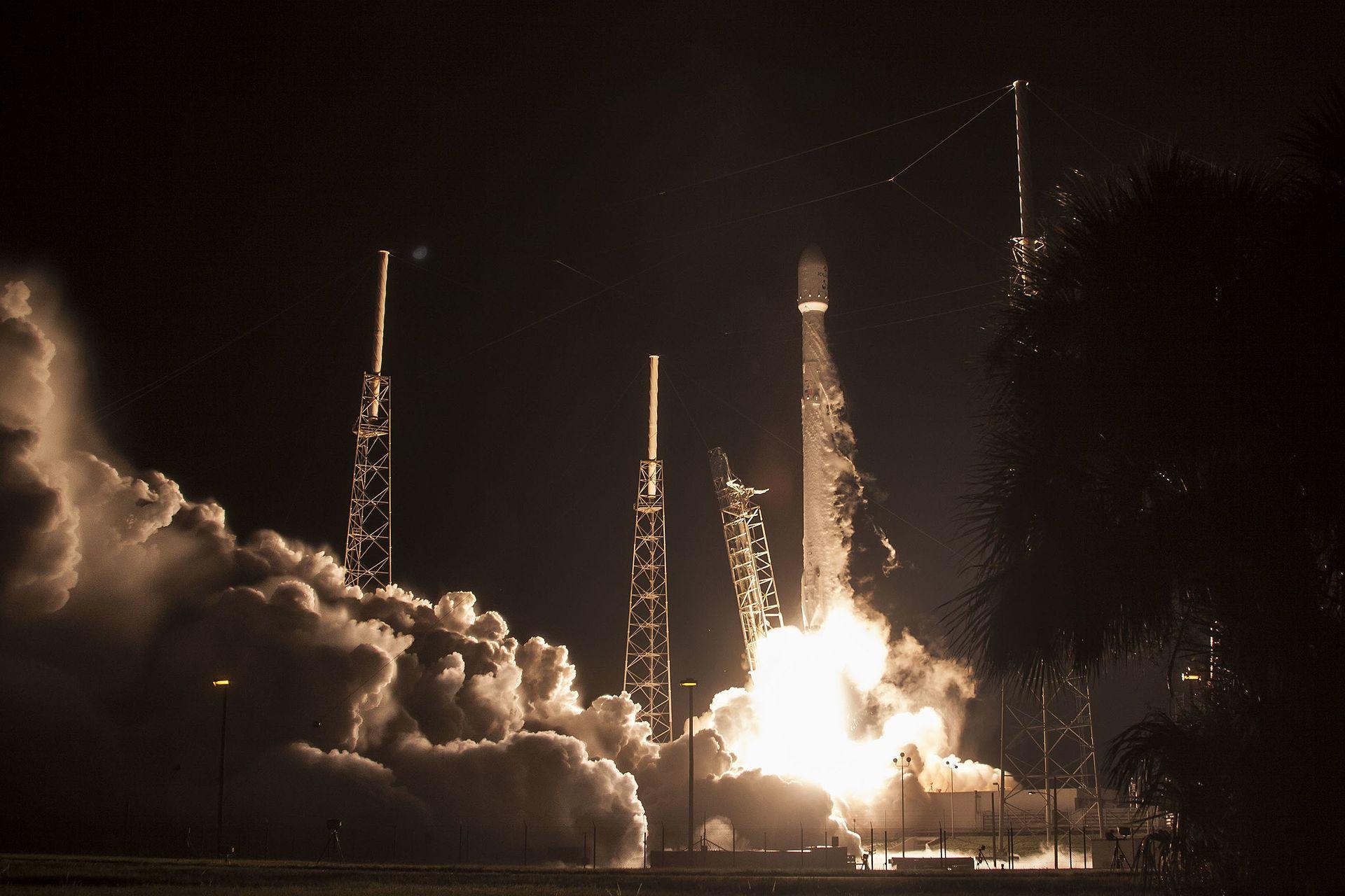JCSAT-16 launch (28969742675).jpg