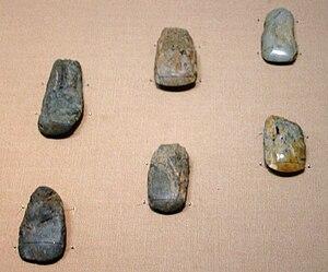 Japanese Paleolithic - Polished stone tools or axes. Hinatabayashi B site, Shinanomachi, Nagano. Pre-Jōmon (Paleolithic) period, 30,000 BC. Tokyo National Museum.