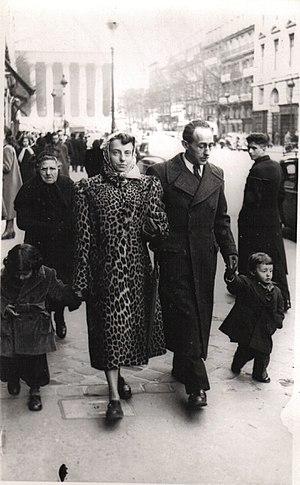 Agnelle Bundervoët - Agnelle with Lucien Pavillet and her oldest sons, Joël  and Axel