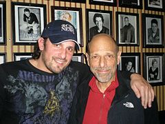 Joe Floccari with Robert Schimmel 2009.jpg