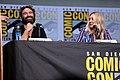 Johnny Galecki & Kaley Cuoco (35336551853).jpg